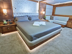 Miss Iloilo 6 On-Deck Master Stateroom