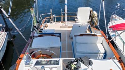 Marine Trader 34 Sundeck 17