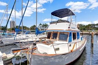 Marine Trader 34 Sundeck 1 Marine Trader 34 Sundeck 1984 MARINE TRADER  Trawler Yacht Yacht MLS #272845 1