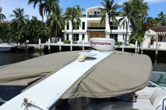 Bella Vita 3 Bella Vita 2001 CRUISERS YACHTS 4270 Express Cruising Yacht Yacht MLS #272847 3