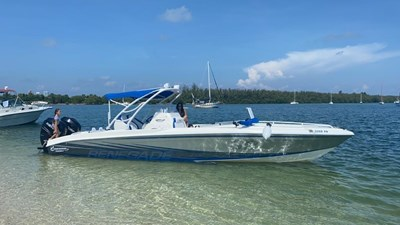 Renegade 32 Cuddy 2010 4 Renegade 32 Cuddy 2010 2010 RENEGADE MARINE INC  Motor Yacht Yacht MLS #272875 4