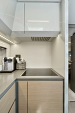My Way 25 Galley/Glass cooktop and dishwasher