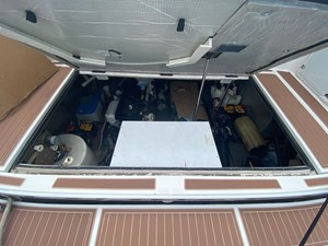 Nauti Gurl 51 300 Mechanical