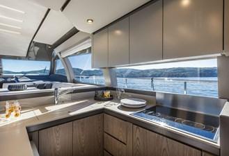 Ferretti Yachts 550   19 FerrettiYachts550MainDeck_0002_26397