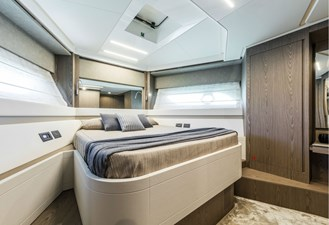 Ferretti Yachts 550   27 FerrettiYachts550LowerDeck_0005_26405