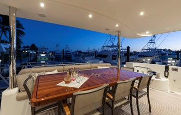 LUCKY LADY 1 AFT DECK