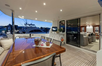 LUCKY LADY 2 AFT DECK