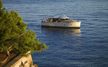 2022 GREENLINE 40 1 2022 GREENLINE 40 2022 GREENLINE 40 Motor Yacht Yacht MLS #272937 1