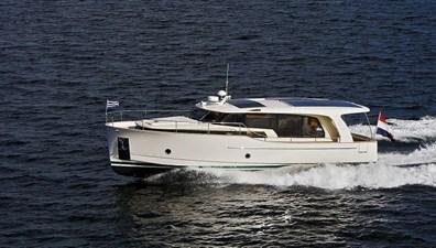 2022 GREENLINE 40 7 2022 GREENLINE 40 2022 GREENLINE 40 Motor Yacht Yacht MLS #272937 7