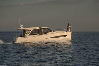 2022 GREENLINE 39 4 2022 GREENLINE 39 2022 GREENLINE 39 Motor Yacht Yacht MLS #272938 4