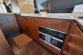 DOLPHIN WAY II 75 Galley | Appliances