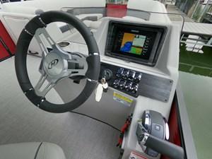 Harris Sunliner 250SL Tritoon 15 GOPR7510