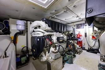 Vivere 67 Engine Room