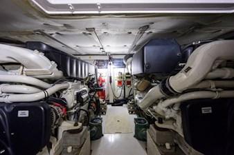 Vivere 69 Engine Room