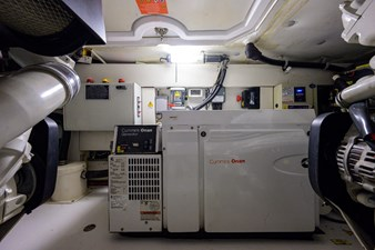 Vivere 72 Engine Room