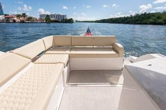 2021 Regal 38 XO 7 2021 Regal 38 XO 2021 REGAL 38 XO Cruising Yacht Yacht MLS #272979 7