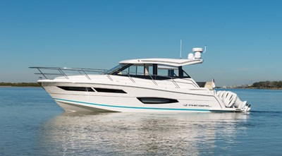 2021 Regal 38 XO 1 2021 Regal 38 XO 2021 REGAL 38 XO Cruising Yacht Yacht MLS #272979 1