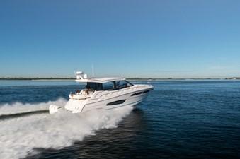 2021 Regal 38 XO 2 2021 Regal 38 XO 2021 REGAL 38 XO Cruising Yacht Yacht MLS #272979 2