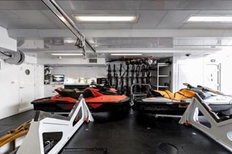 MIA ELISE II 50 Tender/Toys Storage Garage