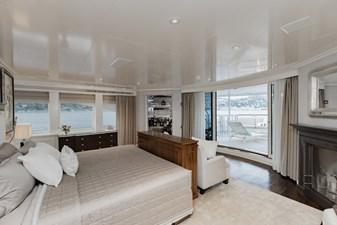 ESTEL 18 Upper deck - master stateroom