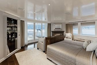 ESTEL 17 Upper deck - master stateroom