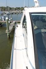 Restless 59 Starboard Sidedeck