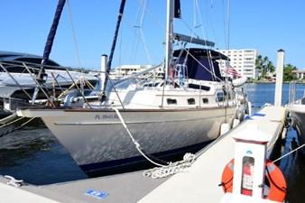 Zazu 1 Zazu 2008 ISLAND PACKET YACHTS 465 Cruising Sailboat Yacht MLS #273002 1