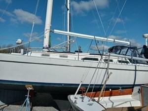 Liberty 2 Liberty 1988 FREEDOM YACHTS 38 Cruising Sailboat Yacht MLS #273004 2