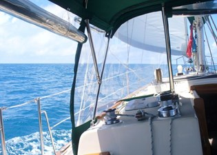 SEA TRYST 1 SEA TRYST 1993 ISLAND PACKET YACHTS 38 Cruising Sailboat Yacht MLS #273005 1
