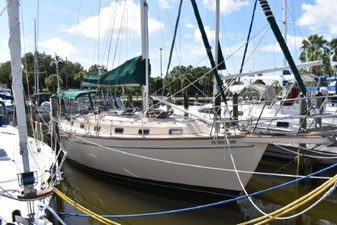 SEA TRYST 2 SEA TRYST 1993 ISLAND PACKET YACHTS 38 Cruising Sailboat Yacht MLS #273005 2