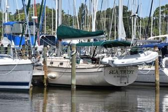 SEA TRYST 4 SEA TRYST 1993 ISLAND PACKET YACHTS 38 Cruising Sailboat Yacht MLS #273005 4