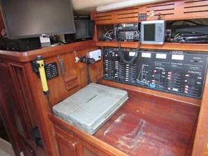 Carpe Diem 5 Carpe Diem 1991 HUNTER 42 Passage Cruising Sailboat Yacht MLS #273007 5