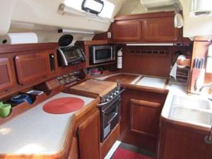 Carpe Diem 7 Carpe Diem 1991 HUNTER 42 Passage Cruising Sailboat Yacht MLS #273007 7