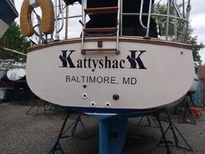 Kattyshack 1 Kattyshack 1989 ISLAND PACKET YACHTS 27 Cruising Sailboat Yacht MLS #273010 1