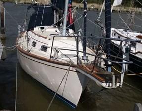 Kattyshack 4 Kattyshack 1989 ISLAND PACKET YACHTS 27 Cruising Sailboat Yacht MLS #273010 4