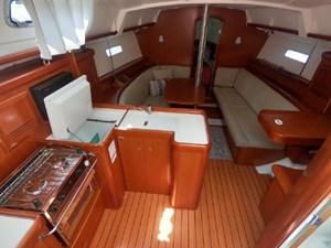 Hakuna  Matata 4 Hakuna  Matata 2007 BENETEAU 373 Cruising Sailboat Yacht MLS #273012 4