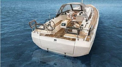 2021  Stock Bavaria C38 in FL 4 2021  Stock Bavaria C38 in FL 2021 BAVARIA C38 Cruising Sailboat Yacht MLS #273013 4