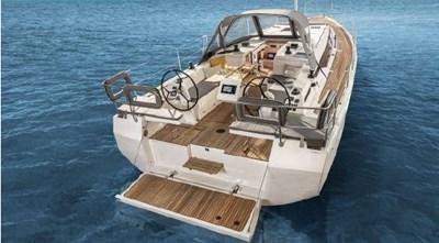 2021  Stock Bavaria C38 in FL 5 2021  Stock Bavaria C38 in FL 2021 BAVARIA C38 Cruising Sailboat Yacht MLS #273013 5