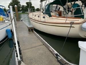 Mystic 2 Mystic 1989 ISLAND PACKET YACHTS 35 Cruising Sailboat Yacht MLS #273015 2