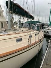 Mystic 3 Mystic 1989 ISLAND PACKET YACHTS 35 Cruising Sailboat Yacht MLS #273015 3