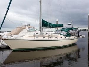 1999 Caliber 40 LRC 1 1999 Caliber 40 LRC 1999 CALIBER YACHT GROUP 40 LRC Cruising Sailboat Yacht MLS #273028 1