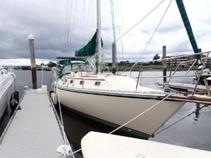 1999 Caliber 40 LRC 7 1999 Caliber 40 LRC 1999 CALIBER YACHT GROUP 40 LRC Cruising Sailboat Yacht MLS #273028 7
