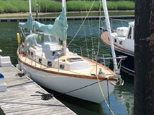 White Wings 4 White Wings 1963 PEARSON Rhodes 41 Racing Sailboat Yacht MLS #273030 4