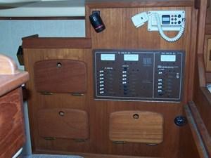 1991 Island Packet 29 Cutter 23