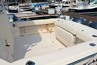 OFF SITE 13 Cockpit