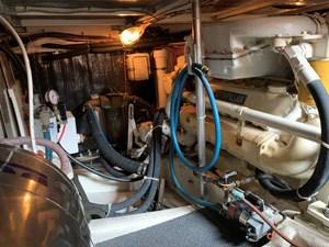 ATLAS 23 Engine room port