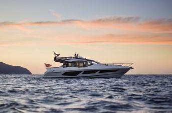 74 sport yacht 0 2780557_e92323a2_3