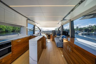 65 sport yacht  12 7977693_20210824082751524_1_LARGE