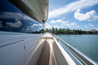 Living Life 3 49 2014 80' Ferretti F800 - Living Life 3 - Starboard access to bow