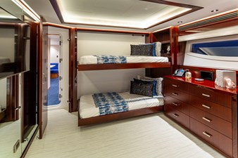 Q 26 GUEST STATEROOM